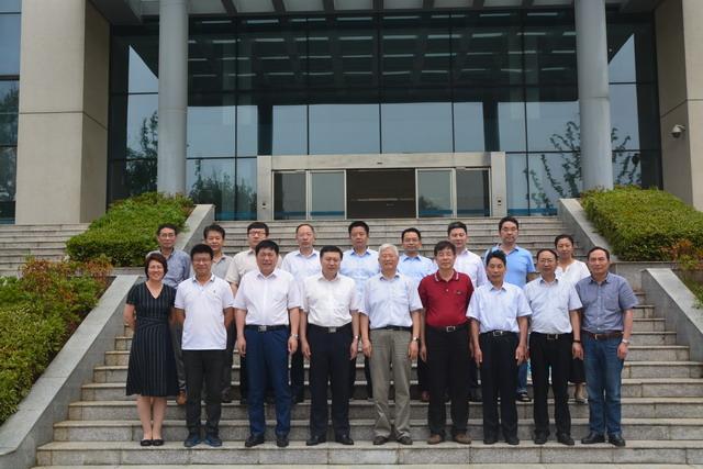 第十届《膜科学与技术》编委会筹备会在南京成功召开
