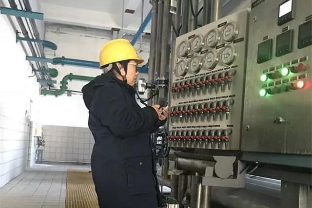 自治区副主席包钢一行赴锡林热电厂现场调研中水回用
