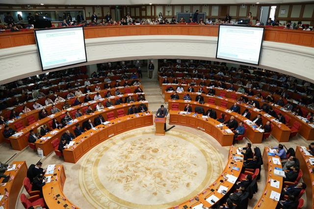第五届中国膜科学与技术报告会主会场